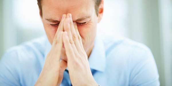 استرس یکی از نشانه های اعتیاد به حشیش